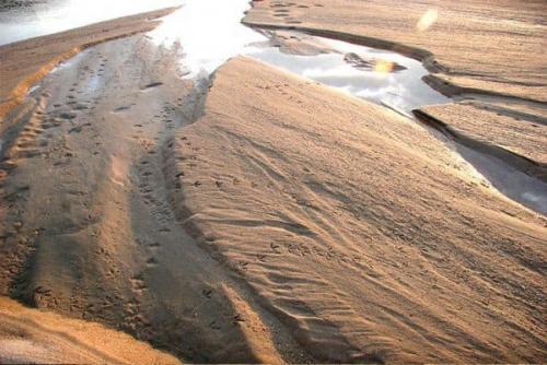 Кварцевый песок формула. Что такое кварцевый песок: формула и структура кварца, минеральный состав